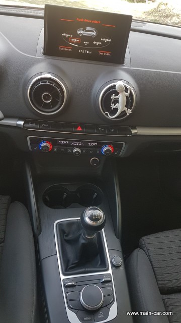 Audi A3 Sportback intérieur (6)